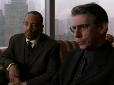Law & Order: Special Victims Unit 02x17 : Folly- Seriesaddict